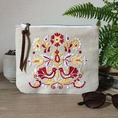Slovak Jablonica embroidery