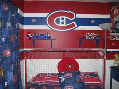 Tricolore en tout temps, soumis parAlexandre Bessette-Leduc /All Habs all the time, submitted by Alexandre Bessette-Leduc (photo Easter Hunt, Easter Eggs, Egg Hunt, Toy Chest, Create Your Own, Projects To Try, Decoration, Contest Rules, Montreal Canadiens