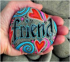 making these rocks would be so cute. I love this DIY paper weight rocks, rocks for the garden, desk rocks. Friendship gifts, affordable and cheap Art Pebble Painting, Pebble Art, Stone Painting, Rock Painting, Diy Painting, Creative Painting Ideas, Rock Crafts, Arts And Crafts, Stone Crafts
