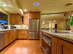 Universal Design-Style Kitchens | Kitchen Designs - Choose Kitchen Layouts & Remodeling Materials | HGTV
