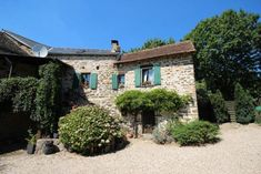 2 bedroom country house for sale in La Salvetat-Peyralès, Aveyron, Midi-Pyrénées