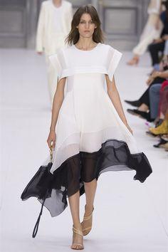 Una selezione dei look daywear, scelti da noi di Vogue.it direttamente dalle
