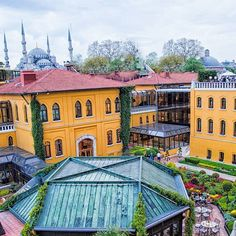 Beautiful Facebook photo from Four Seasons Hotel Istanbul in Istanbul / Jolie photo Facebook de Four Seasons Hotel Istanbul à Istanbul https://www.facebook.com/FourSeasonsHotelIstanbulSultanahmet/photos/a.10150184699146624.328527.209596636623/10153284354571624/?type=1
