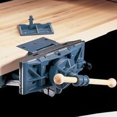 Buy WoodRiver Pattern Maker's Vise at Woodcraft.com