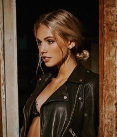 Scarlett Leithold - Photoshoot by Bogdan Morozovskiy Pretty People, Beautiful People, Beautiful Women, Moda Rock, Inka Williams, Scarlett Leithold, Scarlett Rose, Pretty Face, Makeup Looks