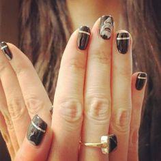Shark Week-inspired manicure!