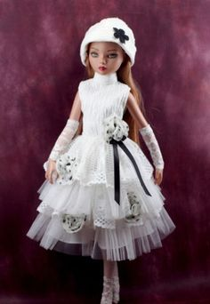 handmade-doll-clothes-for-ellowyne-wilde-16-white-dress-set-hat-legging