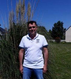 Loic, barbat din Franta, doresc la cei 49 de ani ai mei as fi fericit sa regasesc marea iubire, sa traim o viata in doi Mens Tops, T Shirt, Rennes, Supreme T Shirt, Tee Shirt, Tee
