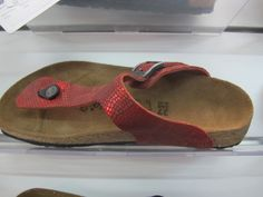 Birkenstock thongs in patterned red metallic leather, suede lined   #birkenstock