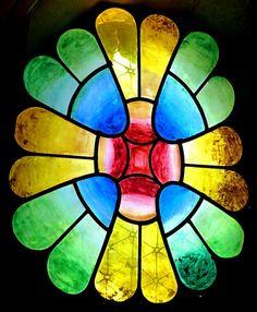 Chapel in the Colonia Guell in Santa Coloma de Cervello (Catalonia, Spain). Antoni Gaudi, Organic Architecture, Stained Glass, Art Nouveau, Beautiful Pictures, Cute Animals, Picasso, Barcelona, Santa