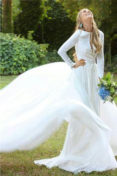 Vestido de Alex Vidal. Querida valentina
