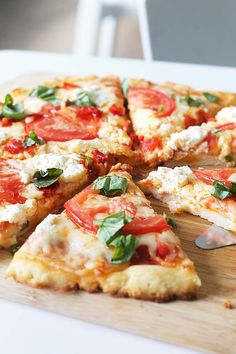 A spicy take on the Classic Margherita Pizza (with gluten-free crust)  - try something new for family pizza night!