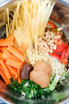 Thai Style One Pot Pasta mit Erdnusssauce - www.kuechenchaotin.de