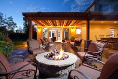 outdoor living designs on a small budget | Outdoor living space fire pit