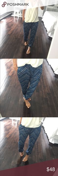 South Moon Under brand VeronicaM chervron pants Absolute perfect condition. Literally worn once. Joggers style. Elastic at the ankles elastic at the waist. Side pockets. Shades of blue green and whites. Size small Veronica M Pants