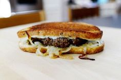 Who doesn't love a patty melt? Well, besides vegetarians, people who don't like rye bread, people who don't eat onions, or anyone observing a low-fat diet. Which begs the question…