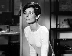 Wait Until Dark (1967) Peinados Audrey Hepburn, Audrey Hepburn Sons, Katharine Hepburn, Eliza Doolittle, Holly Golightly, Mary Quant, My Fair Lady, Jackie Kennedy, Nicole Kidman