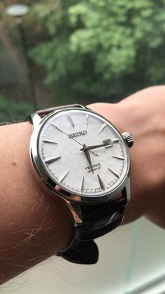 [Seiko] After years of crappy designer watches I finally bought my first auto the Presage Sakura Fubuki. Seiko Mechanical Watch, Seiko Presage, Seiko Men, Designer Watches, Seiko Watches, Men's Accessories, Omega Watch, Watches For Men, Cool Photos