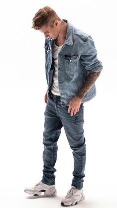 Justin Bieber x Calvin Klein Justin Bieber Pictures, I Love Justin Bieber, Justin Bieber Outfits, Justin Hailey, Justin Bieber Wallpaper, Stylish Boys, Tie Dye T Shirts, Swagg, Gq