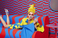 <p>Mix Mondrian and Roy Lichtenstein and you have the Aizone latest…