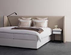Exclusive, hand-made headboards: complete your bed