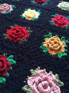 English Rose Granny Square Crochet Pattern ~ Pattern can be accessed directly here: http://cypresstextiles.net/2014/06/03/rose-granny-square-free-pattern/.