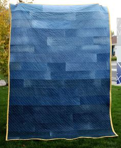 Tutorial: Ombre denim quilt. Jeans. Great project.