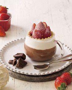 セガフレードストロベリータルトが丸ごとのったバレンタイン限定ホットチョコレート発売