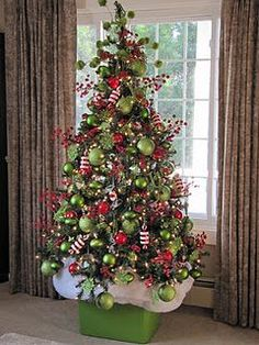 ** Love this! It would be cool in jewel tones, too. #Christmas #grinch #tree @Kristina Kilmer Auclair grinch tree to match your wreath