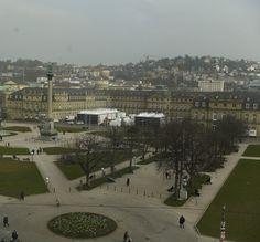 Die temporären TV Studios der ARD, des ZDF und des SWR zur Landtagswahl in BaWü befanden sich auf dem Platz des Neuen Schloss in Stuttgart.