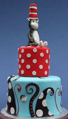 Cat on the Cake Penguin Cupcakes cake and cake Santa Birthday Cake Gorgeous Cakes, Pretty Cakes, Cute Cakes, Amazing Cakes, Crazy Cakes, Fancy Cakes, Super Torte, Bolo Cake, Hat Cake