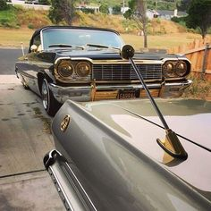 63 and 64 Chevy Impala Ss, 64 Impala Lowrider, Lowrider Art, Lo Rider, Pt Cruiser, Gmc Trucks, Hot Cars, Custom Cars, Vintage Cars