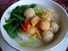 Makanan Indonesia (Indonesian food) Bihun Bakso Kuah