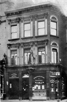 Adam & Eve, Kensington High Street, Kensington - circa 1890s London Pubs, Old London, Kensington Street, Pirate History, London History, Mystery Of History, Adam And Eve, Roof Repair, The Old Days