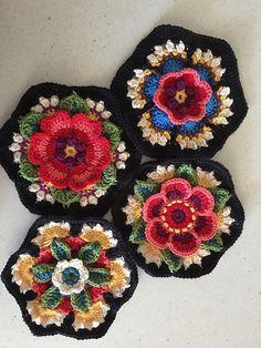 Crochet Flower Squares, Baby Afghan Crochet Patterns, Crochet Square Blanket, Crochet Mandala Pattern, Vintage Crochet Patterns, Granny Square Crochet Pattern, Crochet Blocks, Crochet Flowers, Knitting Patterns