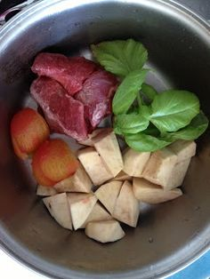 Gourmet Baby food: yams, fresh basil, organic beef and peeled tomatoes