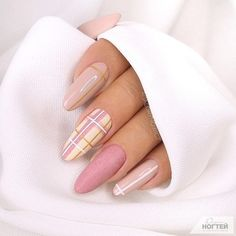 58 Beautiful Pink Almond Nails Art Designs For Spring And Summer In 2020 - Keep creating beauty and warm home, Find more happiness in daily life Aycrlic Nails, Hair And Nails, Manicure, Coffin Nails, Stiletto Nails, Oval Nails, Cute Acrylic Nail Designs, Cute Acrylic Nails, Plaid Nail Designs