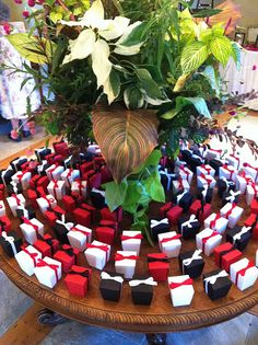 red, black and white wedding favor containers #BellaJoviality