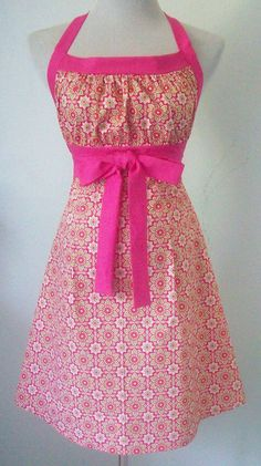 Floral Halter Apron Hot Pink & Green Retro Style by Eclectasie Retro Style, My Style, Extra Long Ties, Retro Apron, Retro Fashion, Womens Fashion, Crafty Craft, Aprons, Tea Towels