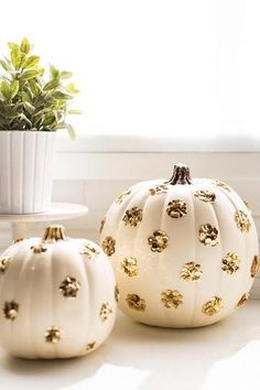 DIY Halloween Decor: White and gold polka dot pumpkins