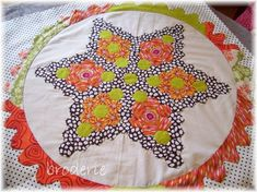 hexagon quilt patterns | and this is one of her stars for 'come fly with me'