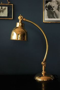 Adjustable Brass Table Lamp: vintage and antique style touches add a true country cottage flavour.