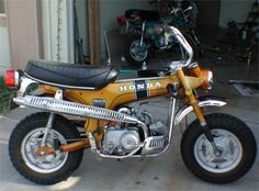 Honda Trail 70 Had one just like this # 1 st bike i ever owned . Mini Bike, Mini Motorbike, Scrambler Motorcycle, Motorcycle Art, Vintage Honda Motorcycles, Old School Motorcycles, Honda Bikes, Honda Cycles, Japanese Motorcycle