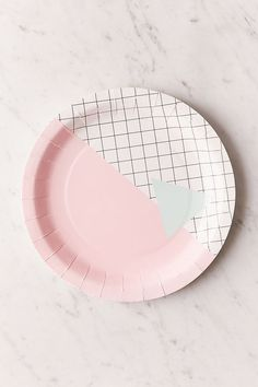 Shop BASH Memphis Grid Paper Plate Set at Urban Outfitters today. We carry all the latest styles, colors and brands for you to choose from right here. Independent Party, Large Picture Frames, Mini Copper, Globe String Lights, Dinnerware Sets, Faux Flowers, Plate Sets, Paper Plates, Bowl Set