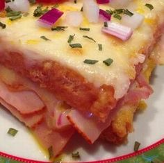 Egy finom Rakott sajtos bundáskenyér ebédre vagy vacsorára? Rakott sajtos bundáskenyér Receptek a Mindmegette.hu Recept gyűjteményében!