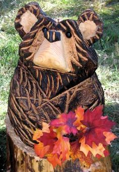 Bear's Den Carving - Charles & Jennifer Dion from the Vermont Hand Crafters website