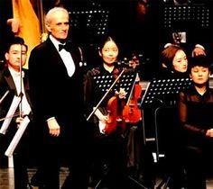 Le tenor Jose Carreras cantad en mandarin en Beijing