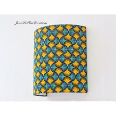 Applique murale wax jaune et bleu tissu traditionnel africain demi cylindre - demi-lune 20 cm - idée cadeau- cadeau crémaillère-anniversaire   JourDePluieCreations Collaboration, Promotion, Yellow, Unique, Board, Handmade, Vintage, Round Corner, Light Scattering