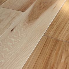 Hickory Natural 9/16 x 5.7 x 2-6' Prefinished Oil Solid Core 3.5mm Face Smooth Prefinished Eng.