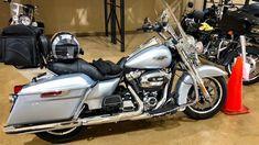 In order to Paris Texas or Bust!! • Hot Road California king Trip..! | TheSmoaks Vlog_1418 #harleydavidsonroadkingcustom #harleydavidsonroadkinggirls #harleydavidsonroadkingclassic #harleydavidsonroadkingapehangers #harleydavidsonroadkingwatches #harleydavidsonroadkingbagger Harley Davidson Store, Street Glide Special, Road King Classic, Honda Ridgeline, Honda Element, Paris Texas, Toyota Fj Cruiser, New Engine